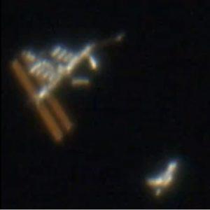 iss-shuttle-020908