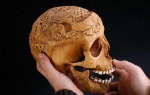 Le secret bien glauque des crânes rituels tibétains Kapala29-300x189