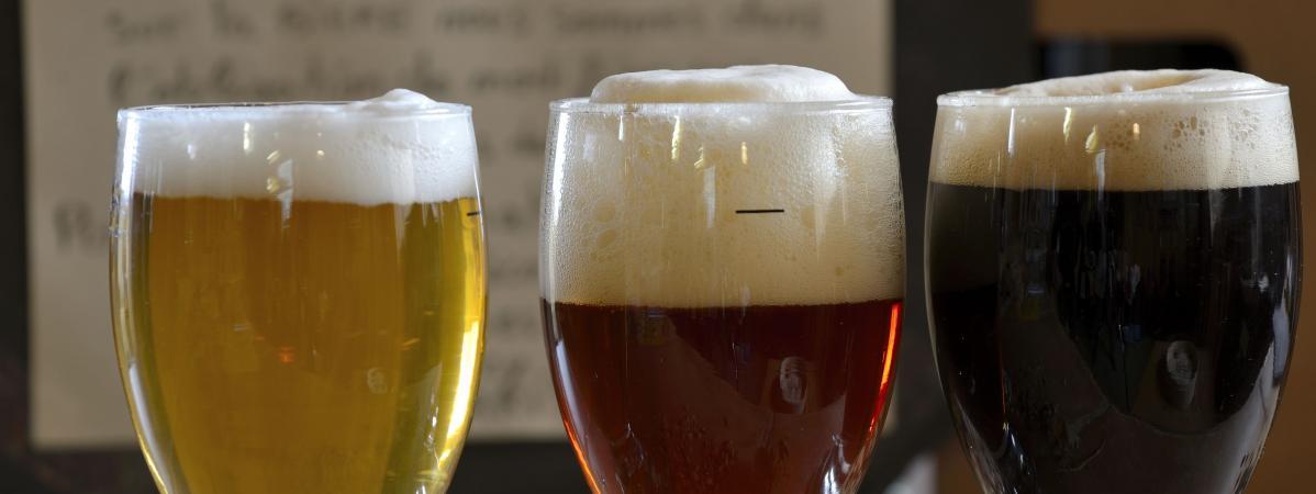 """Le magazine """"60 millions de consommateurs"""" a trouvé des traces de pesticides et d'herbicide dans 34 des 45 bières testées."""